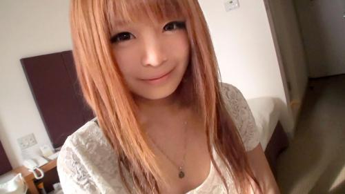 【三次】きゃ〇ーぱみゅぱみゅ似の19歳の女の子をホテルに連れ込んでハメ撮りエロ画像・3枚目