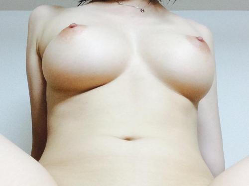 【三次】巨乳な女の子のおっぱいエロ画像part5・12枚目