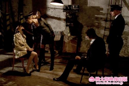 【三次】淫行作戦実行部隊「イングロリアス・ビッチーズ」が男達を逝かせまくるエロ画像・12枚目