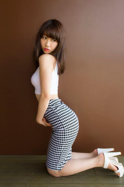 【三次】この巨乳で…色々と妄想できそうなAKB48柏木由紀ちゃんのおっぱいエロ画像・7枚目