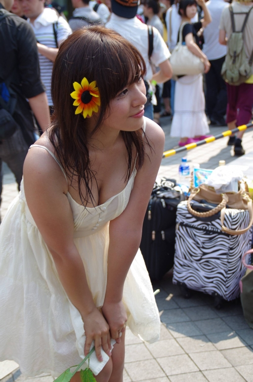 【三次】可愛い女の子コスプレイヤーの微エロ画像part2・19枚目