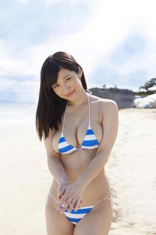 【三次】夏だ!水着で男を誘う女の子のエロ画像・1枚目