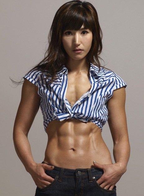 【三次】程よく筋肉質な女の子のセクシー画像part1・7枚目