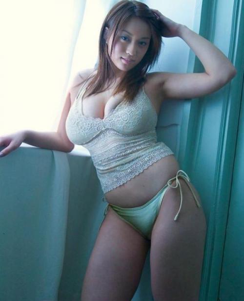 【三次】ぽっちゃり系の女の子のエロ画像part3・5枚目