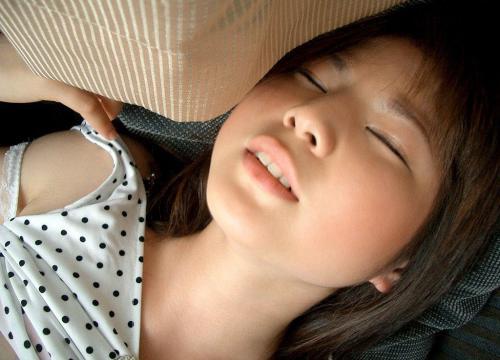 【三次】気持ちよくてイキ顔やヨガリ顔になっている女の子のエロ画像・13枚目