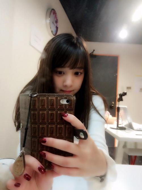 【三次】天使フェイスとBカップの胸がたまらない池田ショコラちゃんのセクシー画像・10枚目