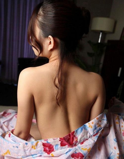 【三次】浴衣や着物姿の女性のエロ画像part2・9枚目