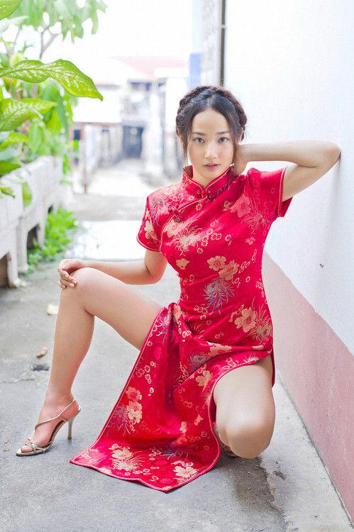 【三次】チャイナドレスを着た女の子のエロ画像・13枚目