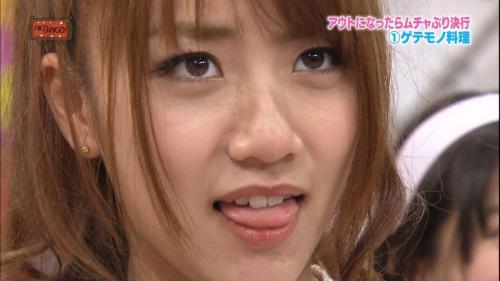 【三次】アイドルの舌出し画像part2・6枚目