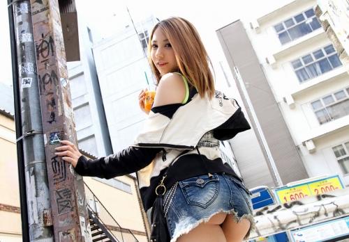 【三次】デニム・ジーンズ女子のエロ画像・9枚目
