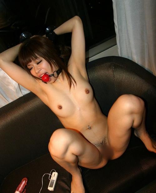 【三次】女の子を性奴隷にしているエロ画像part3・12枚目
