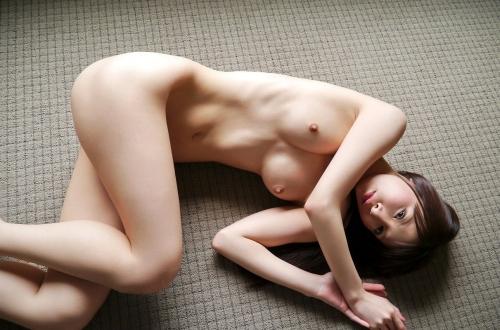 【三次】裸で寝転がっている女の子のエロ画像・10枚目