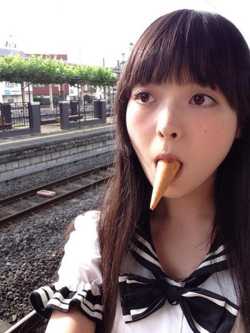 【三次】天使のように可愛くて巨乳な声優、上坂すみれちゃんのオフショット・セクシー画像・6枚目