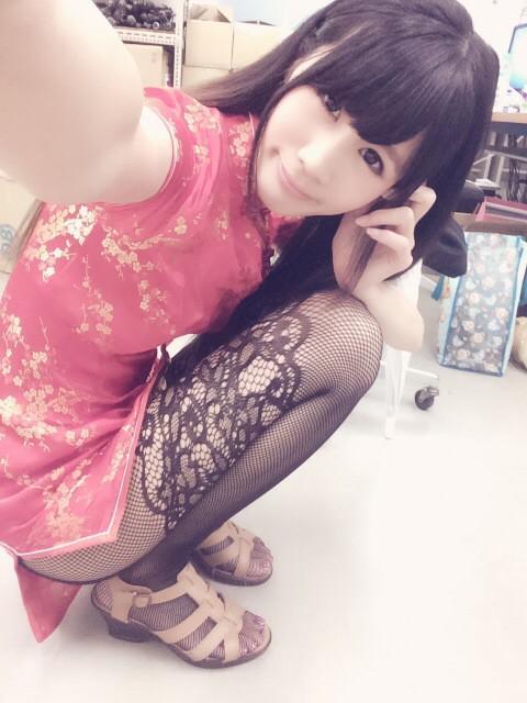 【三次】チャイナ服のエロ画像・11枚目
