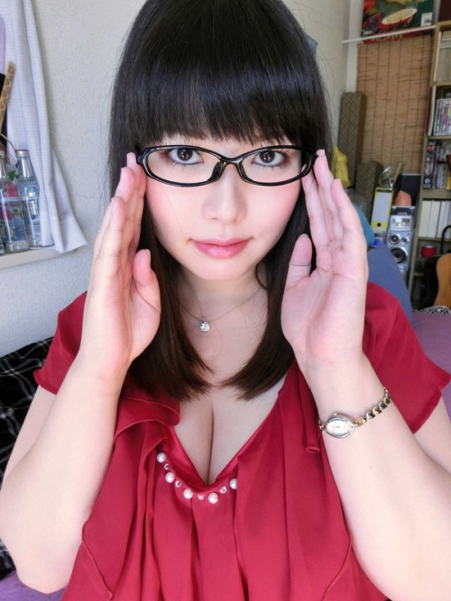 【三次】眼鏡を掛けている女の子のエロ画像・10枚目