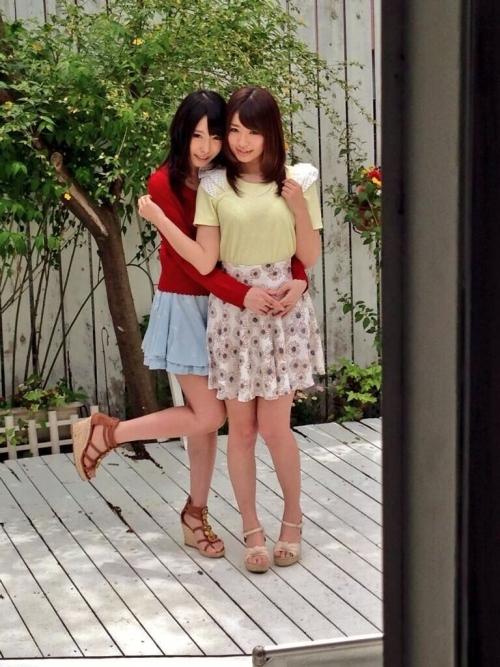 【三次】女の子同士でいちゃいちゃしているエロ画像part2・13枚目