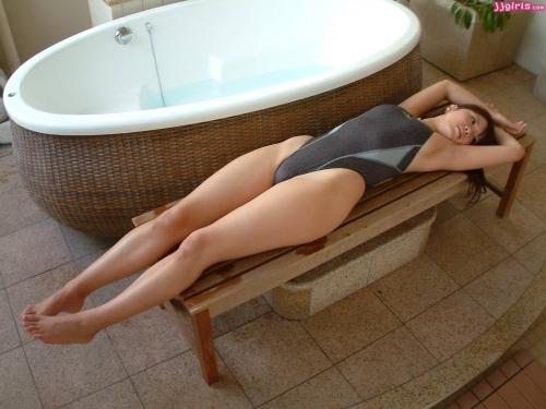【三次】見ているだけでヤリたくなる水着姿の女の子のエロ画像part4・6枚目