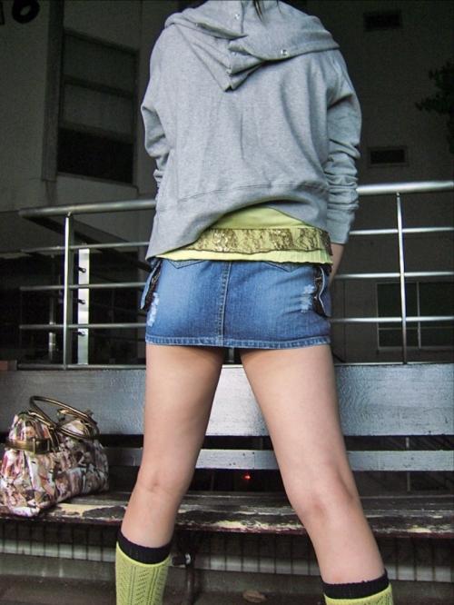 【三次】デニムやジーンズを穿いている女の子のエロ画像part2・20枚目