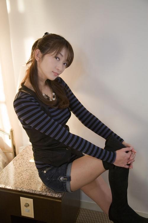 【三次】デニムやジーンズを穿いている女の子のエロ画像part2・21枚目