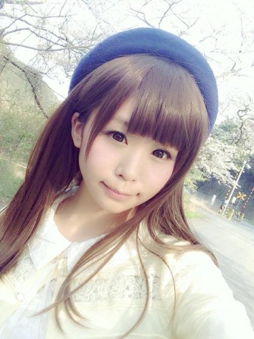 CCYgeFMUgAEahG4.jpg