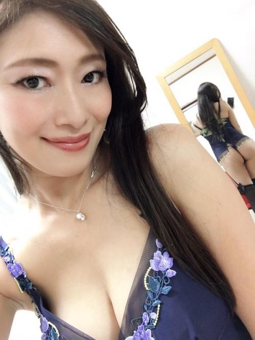 【三次】淫乱で変態なGカップのお姉さま、小早川怜子さんのおすすめAV&エロ画像・2枚目