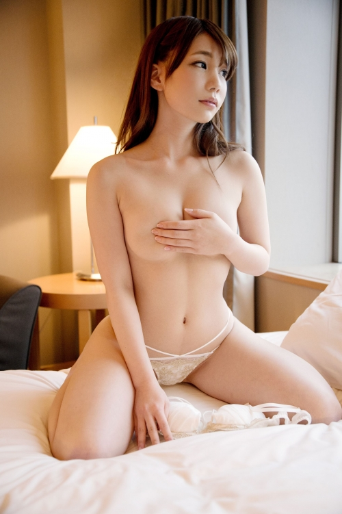 【三次】小柄ボディにDカップ巨乳な女の子が広島から上京してAV出演!素人男性宅などに派遣されて東京チンポでしっかりハメられたエロ画像・5枚目