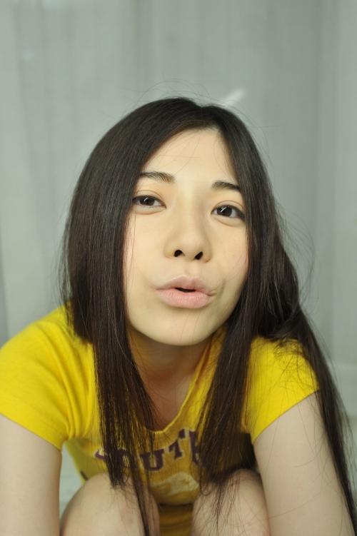 【三次】超有名AV女優「上原亜衣」のお姉ちゃん「上原麻衣」がAVデビュー!お姉ちゃんを初撮りしちゃったエロ画像・1枚目