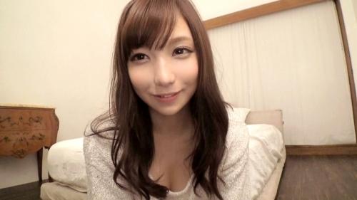 【三次】胸元ユルユル・・おちんちん咥えるの大好きな巨乳の女子大生をハメ撮りエロ画像・1枚目