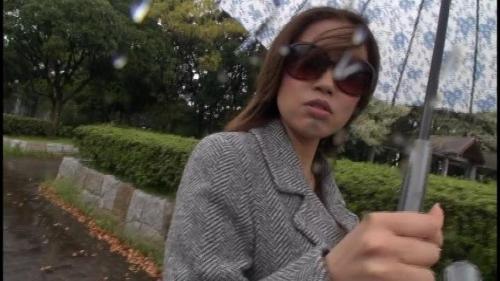 【三次】昭和の生き証人「浅草がじろう」が博多で女をナンパしてAV交渉!博多弁が可愛いFカップ巨乳の女の子を捕まえてハメ撮りしまくったエロ画像・11枚目