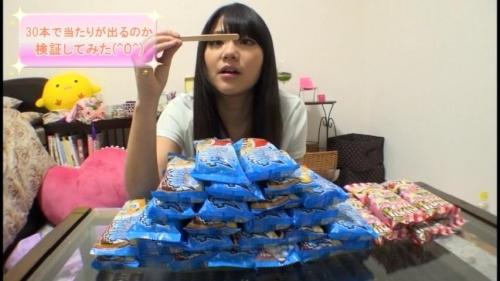 【三次】ついに出た!有名女性YouTuberがAVデビュー!「マイちゃんねる」のマイちゃんを脱がせることに成功したエロ画像・12枚目