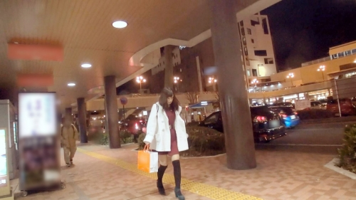 【三次】ロリフェイスでアニメ声な女の子(20)をナンパして速攻ホテル連れ込み自慰させたりローター入れたりじっくり開発したハメ撮りエロ画像・1枚目