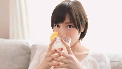 【三次】撮影中の水分補給は全て酒!鈴村あいりちゃんがほろ酔いエロエロモードになって濃厚セックスしちゃってるエロ画像・11枚目