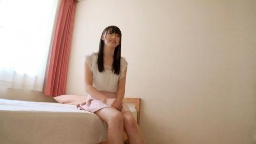 【三次】超絶ウブな18歳の黒髪少女をベッドに連れ込んでまだ未開発なカラダをむしゃぶり尽くしたハメ撮りエロ画像・1枚目