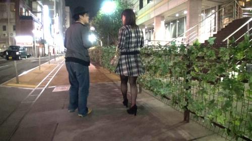 【三次】千葉県で女の子達を本気ナンパ!彼氏持ちでも関係無し!巧みなトークでホテルに連れ込み、女の子をナンパ師2人で3Pハメ撮りエロ画像・38枚目