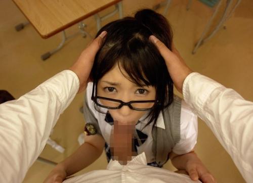 【三次】メガネを掛けた女の子のエロ画像part3・23枚目