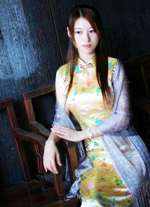 【三次】チャイナドレスを着た女の子のエロ画像・18枚目
