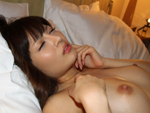 【三次】女の子に精液ぶっかけているエロ画像・25枚目