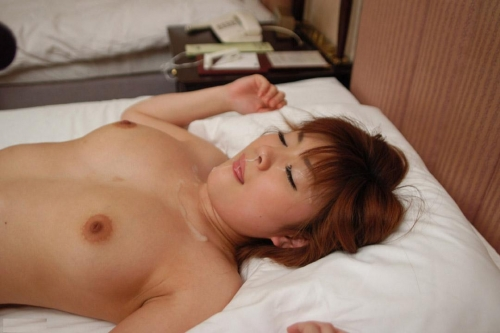 【三次】女の子に精液ぶっかけているエロ画像・23枚目