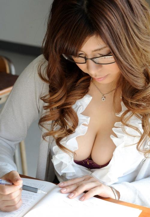 【三次】身体で教えてくれそうな女教師のエロ画像・21枚目