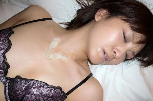 【三次】コンドームと写ってる女の子のエロ画像・16枚目