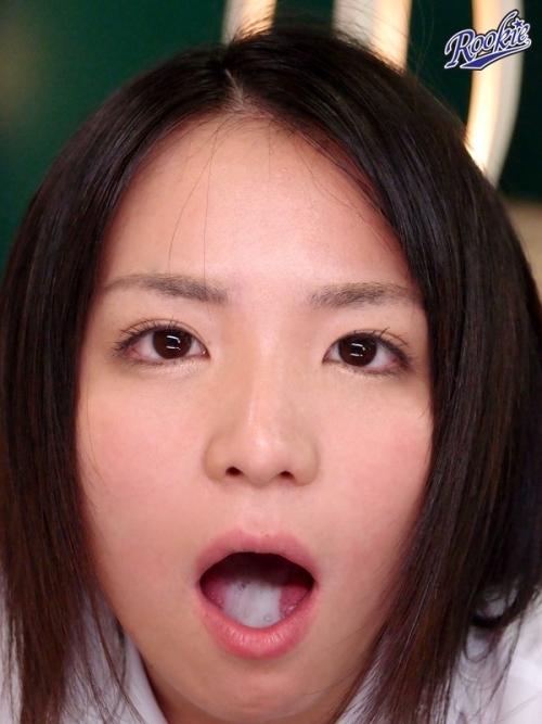 【三次】お口の中に出されちゃった女の子のエロ画像・23枚目