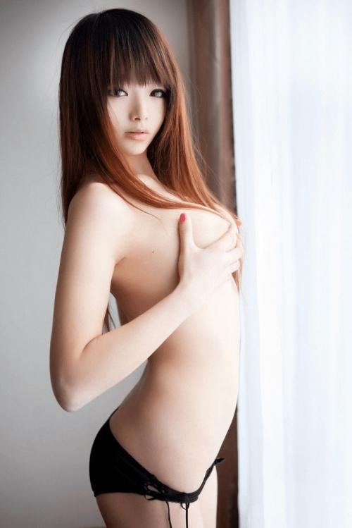 【三次】女の子の手ブラおっぱいエロ画像・24枚目