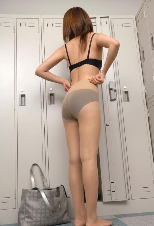【三次】女の子のひっぱ叩きたくなるエロいケツ画像part4・21枚目