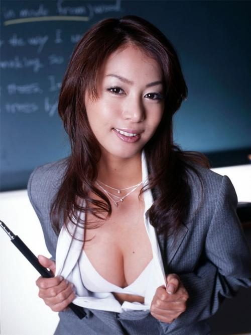【三次】何でも教えてくれそうな女教師のエロ画像part2・20枚目