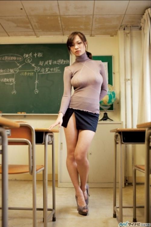 【三次】大人の身体を教えてくれる女教師のエロ画像・28枚目