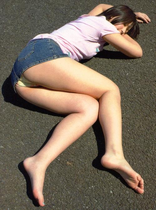 【三次】デニムやジーンズを穿いている女の子のエロ画像・25枚目
