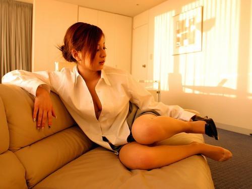【三次】白ブラウスや白ワイシャツ姿の女の子のエロ画像・29枚目