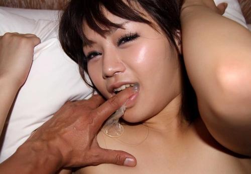 【三次】コンドームと写ってる女の子のエロ画像・29枚目