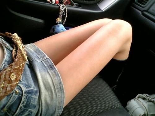 【三次】デニムやジーンズを穿いている女の子のエロ画像・28枚目