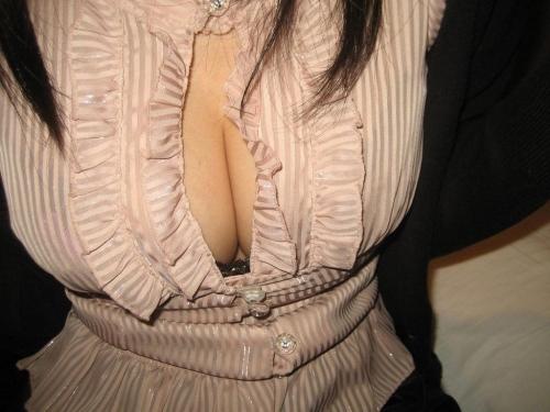 【三次】服を着ている女の子のおっぱい画像・30枚目